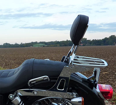 Mes transfos sur dyna superglide custom 2010 - Page 7 Sissy_bar_400